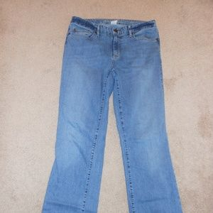 Eddie Bauer Slightly Curvy Bootcut Jeans 8